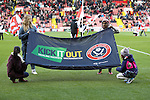 Kick it out during the English Football League One match at Bramall Lane, Sheffield. Picture date: November 19th, 2016. Pic Jamie Tyerman/Sportimage