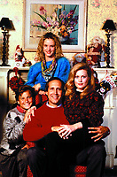 National Lampoon's Christmas Vacation (1989) <br /> Promo shot of Chevy Chase, Beverly D'Angelo, Juliette Lewis &amp; Johnny Galecki<br /> *Filmstill - Editorial Use Only*<br /> CAP/KFS<br /> Image supplied by Capital Pictures