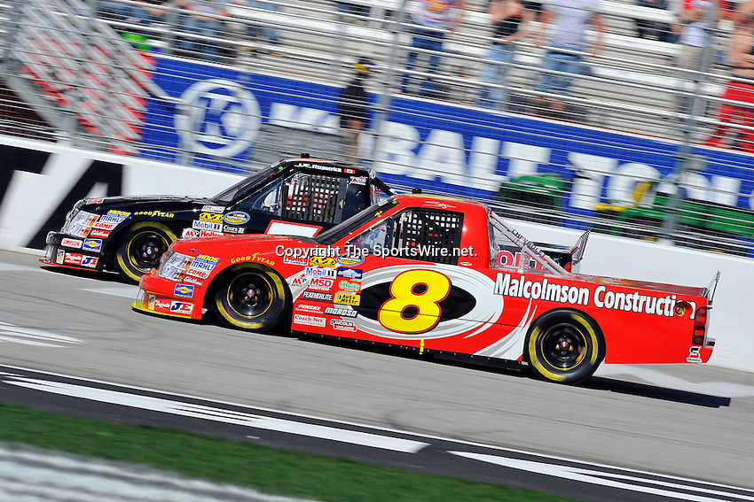 Mar 07, 2009; 2:24:40 PM; Hampton, GA, USA; NASCAR Camping World Truck Series race for the American Commercial Lines 200 at the Atlanta Motor Speedway.  Mandatory Credit: (thesportswire.net)