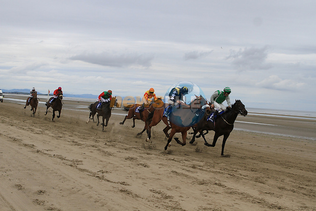 2nd race at the 2011 Laytown races.(Photo credit should read Jenny Matthews www.newsfile.ie)....This Picture has been sent you under the conditions enclosed by:.Newsfile Ltd..The Studio,.Millmount Abbey,.Drogheda,.Co Meath..Ireland..Tel: +353(0)41-9871240.Fax: +353(0)41-9871260.GSM: +353(0)86-2500958.email: pictures@newsfile.ie.www.newsfile.ie.