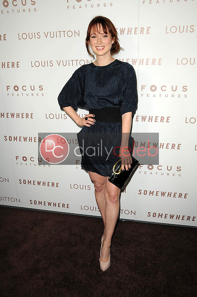 """Ellie Kemper<br /> at the Premiere Of Focus Features' """"Somewhere,"""" Arclight Theater, Hollywod, CA. 12-07-10<br /> David Edwards/DailyCeleb.com 818-249-4998"""