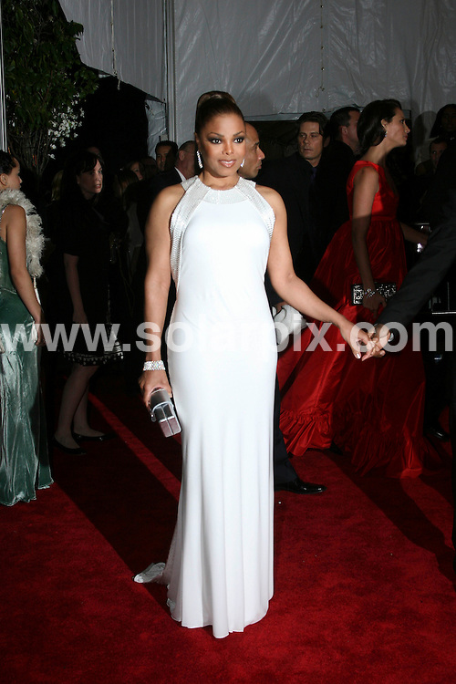 **ALL ROUND PICTURES FROM SOLARPIX.COM**.**SYNDICATION RIGHTS FOR UK, SPAIN, PORTUGAL, AUSTRALIA, S.AFRICA & DUBAI (U.A.E) ONLY**.The Superheroes Fashion and Fantasy Costume Institute Gala at The Metropolitan Museum of Art at the Metropolitan Museum of Art in New York in the USA .This Pic:Janet Jackson.JOB REF:6332-PHZ/Wild1          DATE:05_05_08 .**MUST CREDIT SOLARPIX.COM OR DOUBLE FEE WILL BE CHARGED* *UNDER NO CIRCUMSTANCES IS THIS IMAGE TO BE REPRODUCED FOR ANY ONLINE EDITION WITHOUT PRIOR PERMISSION*