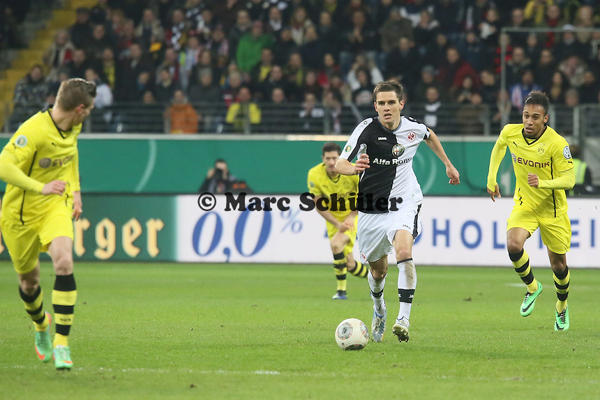 Johannes Flum (Eintracht) greift an - Eintracht Frankfurt vs. Borussia Dortmund, DFB-Pokal Viertelfinale