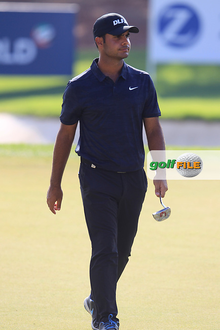 Shubhankar Sharma (IND) on the 15th fairway during the final round of the DP World Tour Championship, Jumeirah Golf Estates, Dubai, United Arab Emirates. 18/11/2018<br /> Picture: Golffile | Fran Caffrey<br /> <br /> <br /> All photo usage must carry mandatory copyright credit (&copy; Golffile | Fran Caffrey)