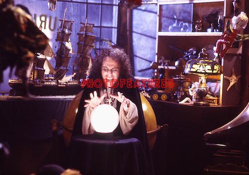 Dio 1985 Ronnie James Dio  in Rock & Roll Children  video.....