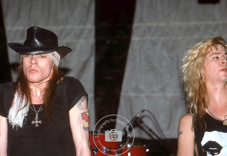Guns-N-Roses-101.jpg