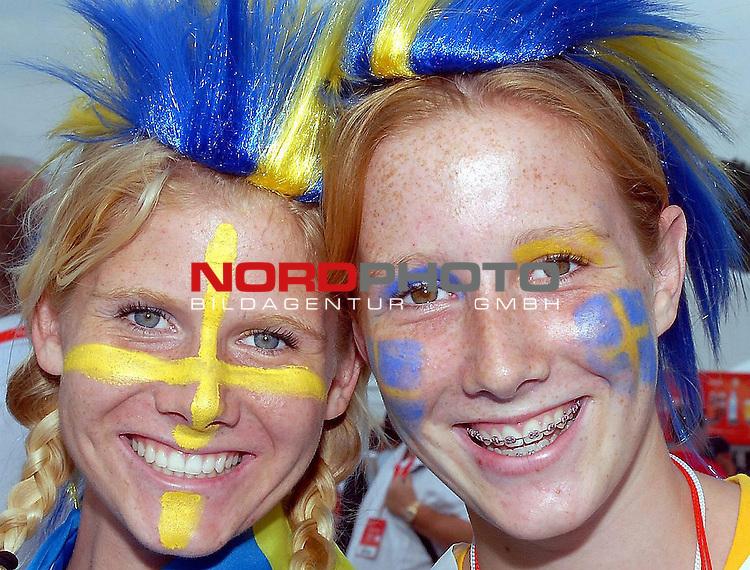 FIFA WM 2006 - Gruppe B Vorrunde ( Groupe B )  Feature<br /> <br /> Play  #35 (20 - Jun) - Sweden - England<br /> <br /> <br /> <br /> <br /> <br /> Happy nice Swedenfans   before the Match with England.<br /> <br /> Foto &copy; nordphoto