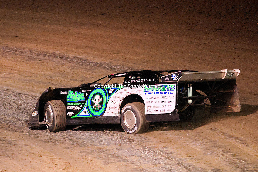 Feb 10, 2009; 8:43:00 PM; Barberville, FL, USA; UMP DIRTcar Racing Series for the 38th Annual ALLTEL DIRTcar Nationals by UNOH at Volusia Speedway Park.  Mandatory Credit: (thesportswire.net)