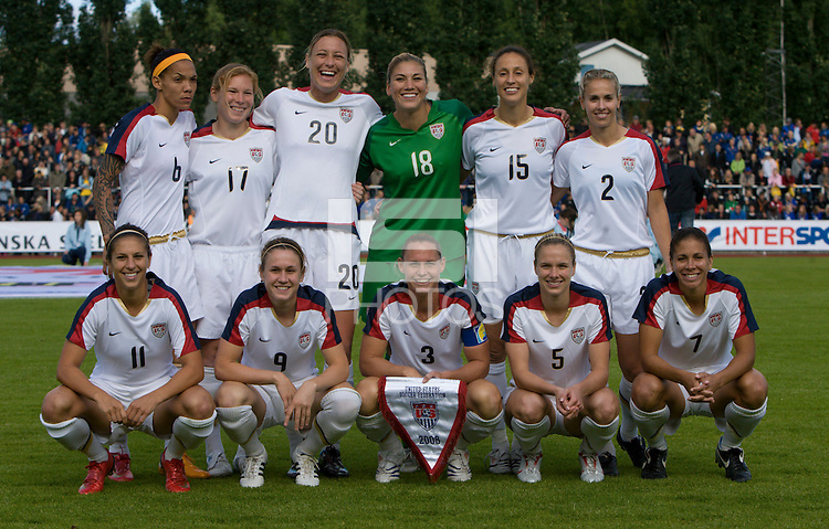 USA starting eleven before the match against Sweden, Landskamp, Sweden, July 5th, 2008.
