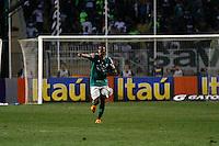 ATENÇÃO EDITOR: FOTO EMBARGADA PARA VEÍCULOS INTERNACIONAIS - SÃO PAULO,SP,02 SETEMBRO 2012 - CAMPEONATO BRASILEIRO - PALMEIRAS x SPORT - Obina jogador do Palmeiras  comemora gol durante partida Palmeiras x Sport  válido pela 22º rodada do Campeonato Brasileiro no Estádio Paulo Machado de Carvalho (Pacaembu), na região oeste da capital paulista na noite desta quinta feira  (06).(FOTO: ALE VIANNA -BRAZIL PHOTO PRESS).