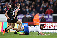 Matt Banahan of Bath Rugby scores the bonus point try in the last play. Aviva Premiership match, between Exeter Chiefs and Bath Rugby on December 2, 2017 at Sandy Park in Exeter, England. Photo by: Patrick Khachfe / Onside Images