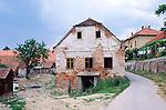 Lendava, Prekmurje, Slovenia, Slowenien, Slovenija. Lendava (früher Donja Lendava; ungar. Lendva, früher Alsólendva; dt. auch Lindau, früher Unter-Limbach) ist die östlichste Gemeinde Sloweniens, in der Region Prekmurje (dt. Übermurgebiet). Die Gemeinde grenzt im Osten an Ungarn und im Süden an Kroatien. Sie gehört großteils zum slowenisch-ungarisch ethnisch gemischten Gebiet Sloweniens., Prekmurje, Slovenia, Slowenien, Slovenija.