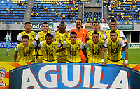 BARRANCABERMEJA - COLOMBIA, 23-03-2016:  Jugadores de Alianza posan para una foto previo al partido entre Alianza Petrolera e Jaguares de Córdoba FC por la fecha 9 de la Liga Águila I 2018 disputado en el estadio Daniel Villa Zapata de la ciudad de Barrancabermeja. / Players of Alianza pose to a photo prior the match between Alianza Petrolera and Jaguares de Cordoba FC for the date 9 of the Aguila League I 2018 played at Daniel Villa Zapata stadium in Barrancabermeja city. Photo: VizzorImage / Jose Martinez / Cont