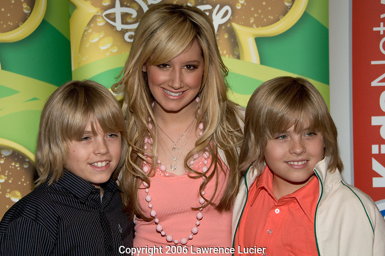 Cole Sprouse, Ashley Tisdale, Dylan Sprouse