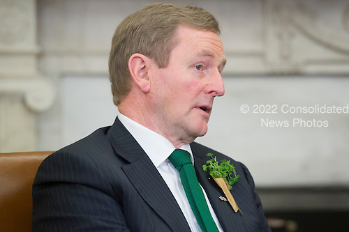 Acting Prime Minister (Taoiseach) of Ireland Enda Kenny delivers brief remarks to members of the news media following a bilateral meeting with US President Barack Obama (not pictured), in the Oval Office of the White House, in Washington, DC, USA, 15 March 2016.<br /> Credit: Michael Reynolds / Pool via CNP