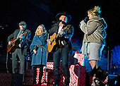 American singer-songwriter and guitarist James Taylor, Caroline Smedvig, Garth Brooks and Tricia Yearwood United States President Barack Obama and the First Family attend the National Christmas Tree Lighting on the Ellipse in Washington, DC on Thursday, December 1, 2016.<br /> Credit: Ron Sachs / Pool via CNP
