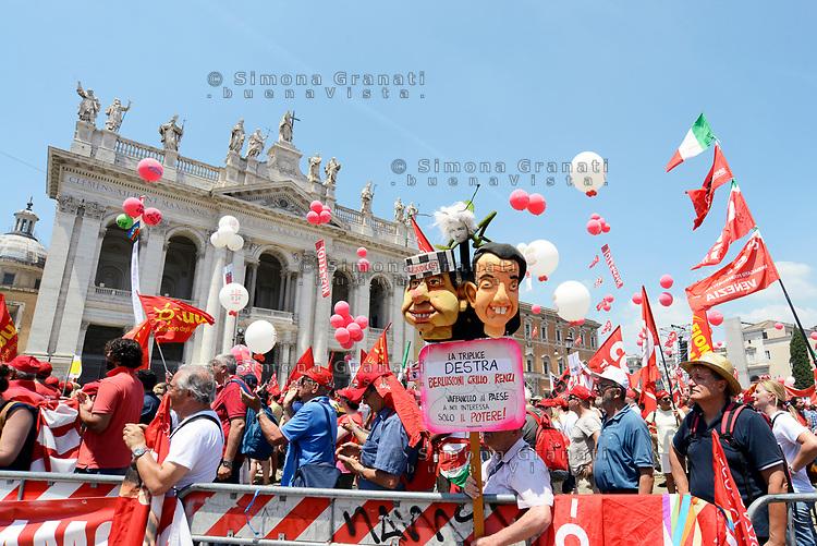 Roma, 17 Giugno 2017<br /> Pupazzi raffiguranti Berlusconi Grillo e Renzi come la triplice destra<br /> Manifestazione nazionale CGIL. Rispetto per il lavoro la democrazia e la Costituzione, contro i Voucher
