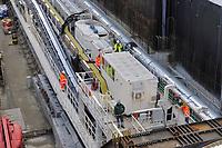 """- Milano cantiere per la costruzione della nuova linea 4 """"Blu"""" della Metropolitana, la """"talpa meccanica"""" predisposta per lo scavo della galleria sotto il centro cittadino<br /> <br /> - Milan building yard for the construction of the new line 4 """"Blue"""" of the Underground, the """"mechanical mole"""" arranged for the excavation of the tunnel under the city center"""