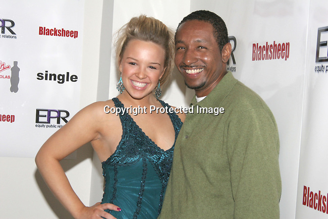 Leena Holland &amp; Dres<br />