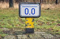Borghorster Hauptdeich Deichkilometer 0,0 : EUROPA, DEUTSCHLAND, HAMBURG, (EUROPE, GERMANY), 29.01.2013: Borghorster Hauptdeich Deichkilometer 0,0, hiier beginnt der Elbdeich in Vierlande..