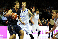GRONINGEN - Basketbal, Donar - Vitautas, Champions League,  seizoen 2017-2018, 19-09-2017, Donar speler Drago Pasalic met Vytautas  speler  Karlis Apsitis