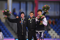 SCHAATSEN: HEERENVEEN: IJsstadion Thialf, 18-11-2012, Essent ISU World Cup, Season 2012-2013, 500m Men division B, podium, Tucker Fredricks (USA), Daniel Greig (AUS), Yeong-Ho Kim (KOR), ©foto Martin de Jong