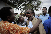 Mogadishu/Somalia 2012 - The Mayor of Mogadishu, Mohammed Noor, is greeted by the residents of Mogadishu during the music festival that he established two years ago.