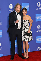 PALM SPRINGS, CA. January 03, 2019: Linda Cardellini &amp; Peter Farrelly at the 2019 Palm Springs International Film Festival Awards.<br /> Picture: Paul Smith/Featureflash