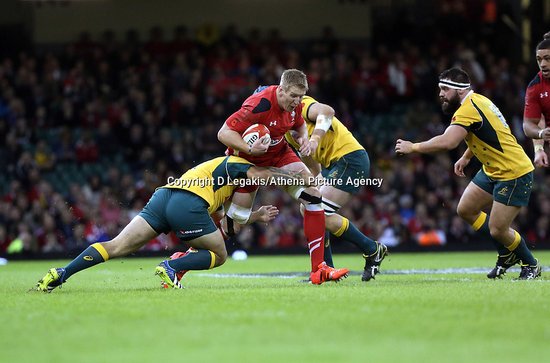 Pictured: Saturday 08 November 2014<br /> Re: Dove Men Series rugby, Wales v Australia at the Millennium Stadium, Cardiff, south Wales, UK.