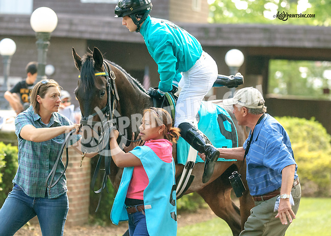 Jonathan Sheppard giving a leg up to Andrew Wolfsont aboard Lil' Zilla at Delaware Park  on 5/25/15
