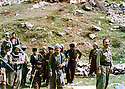 Iraq 1980  .In april, in Toujala,Omar Sheikhmous with peshmergas .Irak 1980 .En avril a Toujala, Omar Sheikhmous avec des peshmergas