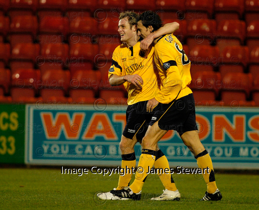 04/11/2006       Copyright Pic: James Stewart.File Name :sct_jspa09_dunfermline_v_falkirk.ANTHONY STOKES CELEBRATES AFTER HE SCORES FALKIRK'S THIRD.James Stewart Photo Agency 19 Carronlea Drive, Falkirk. FK2 8DN      Vat Reg No. 607 6932 25.Office     : +44 (0)1324 570906     .Mobile   : +44 (0)7721 416997.Fax         : +44 (0)1324 570906.E-mail  :  jim@jspa.co.uk.If you require further information then contact Jim Stewart on any of the numbers above.........