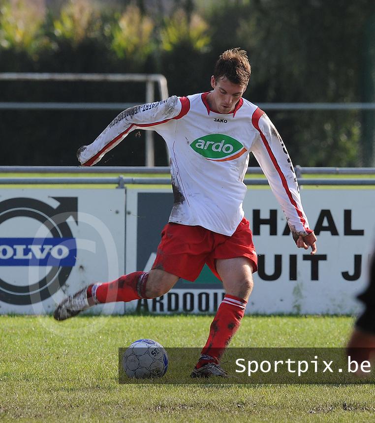 KVC Ardooie : Pieter Cappelle.foto VDB / BART VANDENBROUCKE