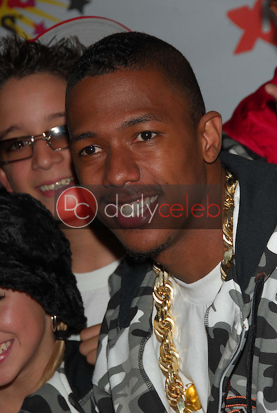 Nick Cannon<br />at Nickelodeon's 19th Annual Kids' Choice Awards. Pauley Pavilion, Westwood, CA. 04-01-06<br />Dave Edwards/DailyCeleb.com 818-249-4998