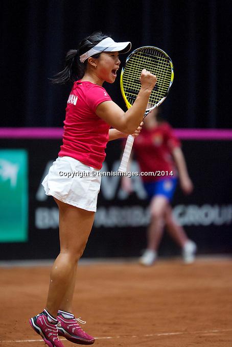 The Netherlands, Den Bosch, 16.04.2014. Fed Cup Netherlands-Japan, Kurumi Nara (JPN) in jubilation after winning the first match<br /> Photo:Tennisimages/Henk Koster
