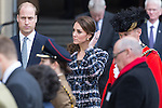 © Joel Goodman - 07973 332324 . 14/10/2016 . Manchester , UK . The Duke and Duchess of Cambridge lay a wreath during a service at the Cenotaph at Manchester Town Hall during a dedication service , on their visit in Manchester . Photo credit : Joel Goodman