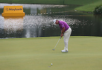 Lee Westwood (ENG) attempting to seal the win on the 15th during the Final Round of the 2014 Maybank Malaysian Open at the Kuala Lumpur Golf & Country Club, Kuala Lumpur, Malaysia. Picture:  David Lloyd / www.golffile.ie