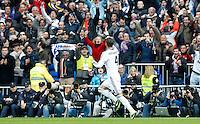 MADRI, ESPANHA, 02 MARÇO 2013 - CAMPEONATO ESPANHOL - REAL MADRID X BARCELONA - Sergio Ramos jogador do Real Madrid durante partida contra o Barcelona  em partida pela 26 rodada do Campeonato Espanhol, no Estadio Santiago Bernabeu em Madri capital da Espanha neste sabado, 02, no Estadio. (FOTO: ALEX CID-FUENTES / ALFAQUI / BRAZIL PHOTO PRESS).