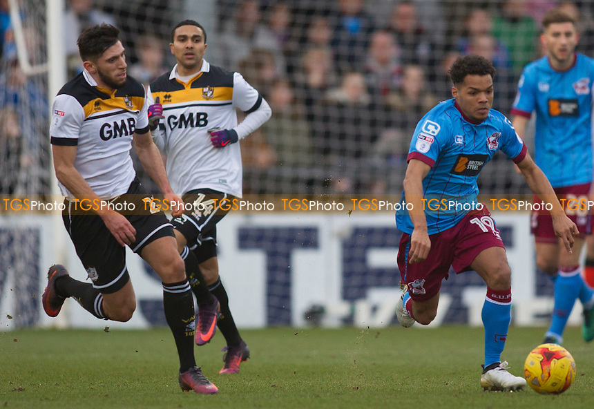 Duane Holmes of Scunthorpe during Scunthorpe United vs Port Vale, Sky Bet EFL League 1 Football at Glanford Park on 28th January 2017