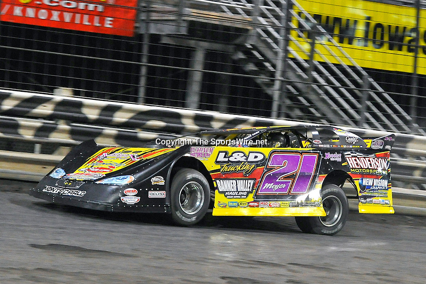 Oct 2, 2010; 11:17:19 PM; Knoxville, IA., USA; The 7th Annual running of the Lucas Oil Late Model Knoxville Nationals at the Knoxville Raceway.  Mandatory Credit: (thesportswire.net)