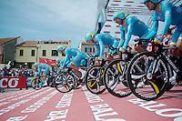 Team Astana TTT start<br /> <br /> 2015 Giro<br /> stage 1: San Lorenzo Al Mare - San remo (TTT/17.6km)
