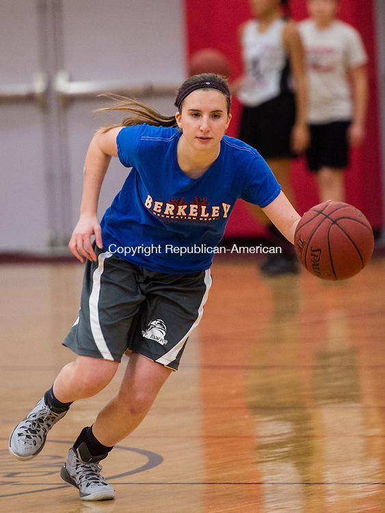 THOMASTON, CT- 30 November 2015-113015EC25-   Pomperaug's Leah Rubinstein dribbles during a drill. Monday was the first day of practice for the Panthers. Erin Covey Republican-American