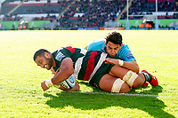 Sione Kalamafoni of Leicester Tigers scores a try in the second half. Gallagher Premiership match, between Leicester Tigers and Worcester Warriors on September 21, 2018 at Welford Road in Leicester, England. Photo by: Patrick Khachfe / JMP