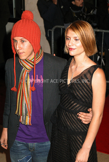 "Ben Lee and Claire Danes arrive at the New York Premiere of ""The Hours."" New York, December 15, 2002. Please byline: Alecsey Boldeskul/NY Photo Press.   ..*PAY-PER-USE*      ....NY Photo Press:  ..phone (646) 267-6913;   ..e-mail: info@nyphotopress.com"