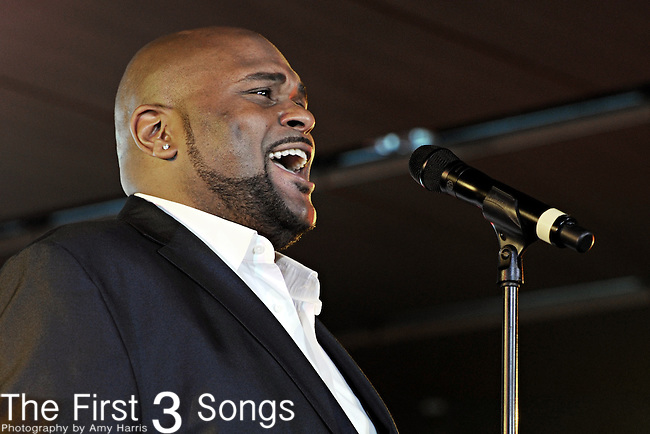 Ruben Studdard performs at the Essense Music Festival in New Orleans, Louisiana on July 2, 2010.