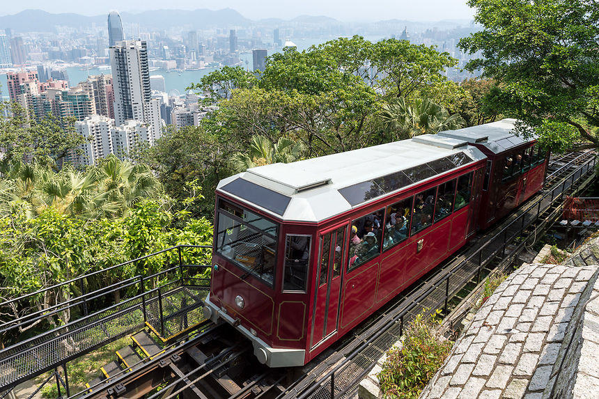 HONG KONG, CHINA - APRIL 01,2018: Peak Tram, The Peak Hong Kong.The Peak Tram is the world's steepest funicular railway and over 120 years old.Running from Garden Road Central to Victoria Peak via the Mid-Levels, it provides the most direct route and offers good views over the harbour and skyscrapers of Hong Kong.Jayne Russell/Alamy Stock Photo
