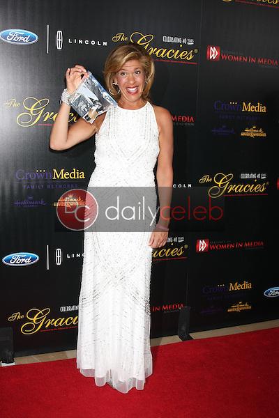 Hoda Kotb<br /> at the 40th Anniversary Gracies Awards, Beverly Hilton, Beverly Hills, CA 05-19-15<br /> David Edwards/DailyCeleb.com 818-249-4998