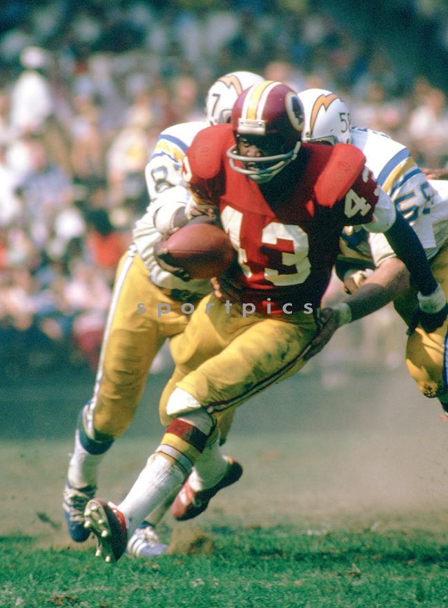 Washington Redskins Larry Brown (43) during a game from his 1973 season with the Washington Redskins. Larry Brown played for 8 season all with the Washington Redskins, was a 4-time Pro Bowler and was the 1972 NFL MVP.<br /> (SportPics)