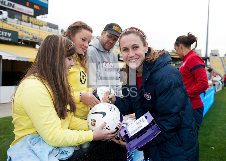 Heather O'Reilly, fans.   The USWNT held a public training at Crew Stadium in Columbus, OH.