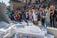 """Am Dienstag, den 5. September 2017, brachten Politiker und Passanten auf dem Berliner Gendarmenmarkt symbolisch eine Mauer mit Hasskommentaren aus dem Internet zum Einsturz.<br /> Die Hilfsorganisation CARE hatte diese Aktion unter dem Motto #caredonthate organisiert, um Mauern in den Koepfen einzureissen, die das friedliches Zusammenleben bedrohen. """"Wir kennen sie alle: Kommentare voller Hass, die im Internet kursieren. Facebook-Posts, die Menschen diskriminieren, teils sogar Gewalt androhen. Wir alle wissen, das ist eine Minderheit. Deutschland steht nicht fuer Hass"""", so CARE.<br /> 5.9.2017, Berlin<br /> Copyright: Christian-Ditsch.de<br /> [Inhaltsveraendernde Manipulation des Fotos nur nach ausdruecklicher Genehmigung des Fotografen. Vereinbarungen ueber Abtretung von Persoenlichkeitsrechten/Model Release der abgebildeten Person/Personen liegen nicht vor. NO MODEL RELEASE! Nur fuer Redaktionelle Zwecke. Don't publish without copyright Christian-Ditsch.de, Veroeffentlichung nur mit Fotografennennung, sowie gegen Honorar, MwSt. und Beleg. Konto: I N G - D i B a, IBAN DE58500105175400192269, BIC INGDDEFFXXX, Kontakt: post@christian-ditsch.de<br /> Bei der Bearbeitung der Dateiinformationen darf die Urheberkennzeichnung in den EXIF- und  IPTC-Daten nicht entfernt werden, diese sind in digitalen Medien nach §95c UrhG rechtlich geschuetzt. Der Urhebervermerk wird gemaess §13 UrhG verlangt.]"""
